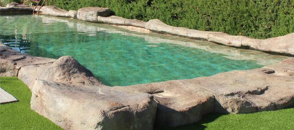 Piedra para piscina interesting piedra artificial rustica - Piedras para piscinas ...