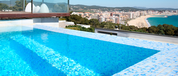 Gresite deco piscinas de hisbalit la web de los - Gresite piscinas colores ...