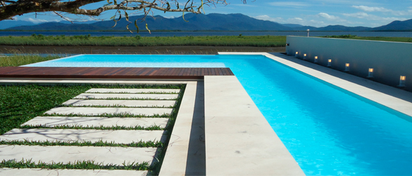 El precio no es lo nico importante en tu piscina la web for Precio mantenimiento piscina