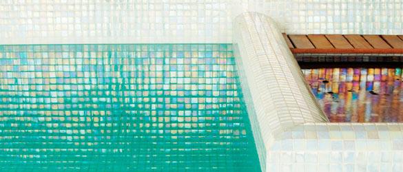 Gresite para piscinas Aqualuxe, de Hisbalit